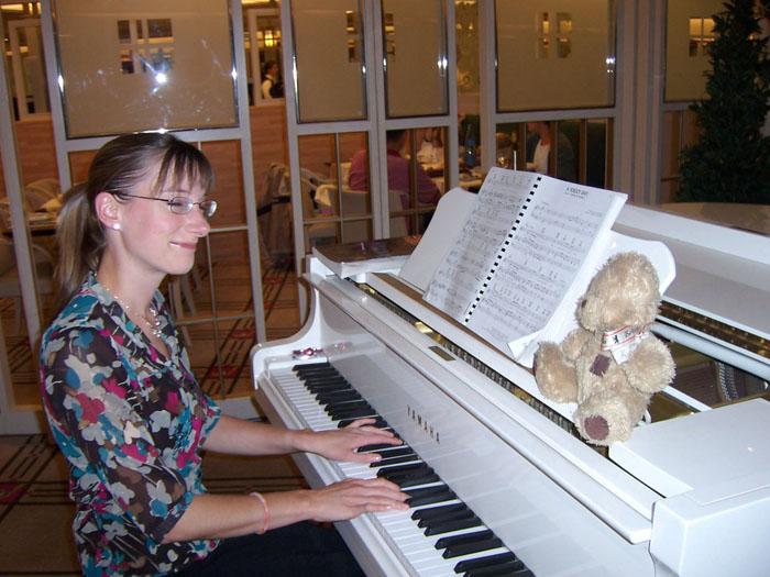 friedrich-au-piano-bar.jpg