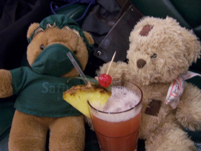 friedrich-bistouri-have-a-drink.jpg