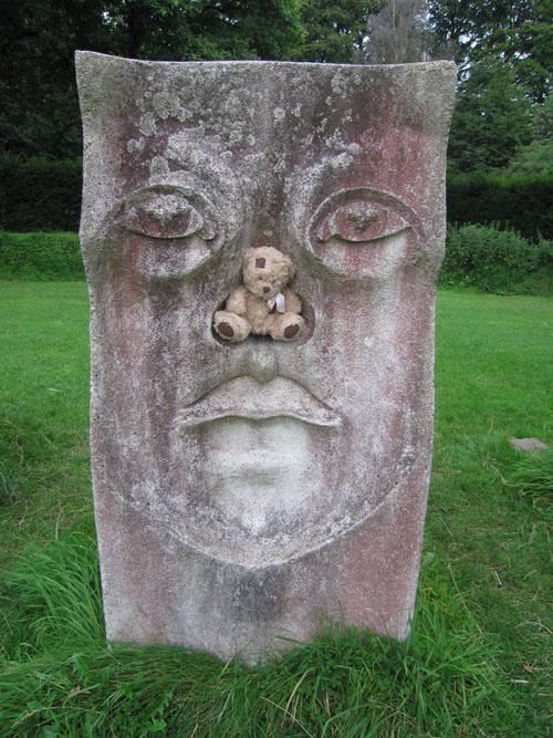 friedrich-et-la-statue.jpg