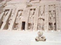 162_Friedrich_devant_le_temple_d_Nefertari_le_24_09_08.jpg