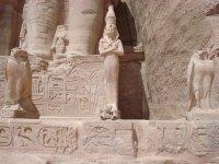 172_Friedrich_devant_le_temple_de_Ramses_II__Abu_Simbel_le_24_09_08.jpg